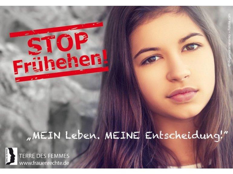"""Postkarte """"Stop Frühehe"""""""