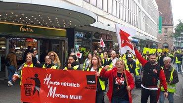 Streiks bei H&M in Nürnberg mit rund 400 Kolleginnen und Kollegen aus ganz Bayern bei bester Stimmung (29.05.2019)